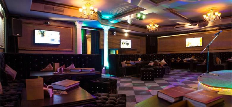 Караоке клуб с большим залом